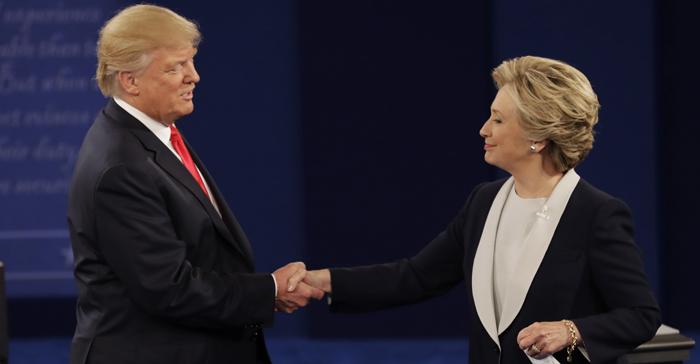 Handshake Trump Clinton Debate