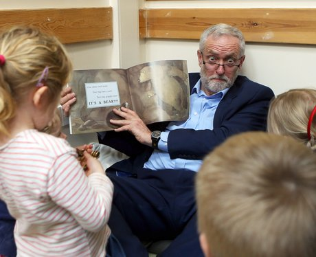 Jeremy Corbyn entertains schoolchildren by reading them We're Going On A Bearhunt
