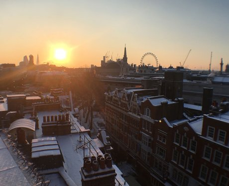 Sunrise in the snow towards the London Eye: The vi
